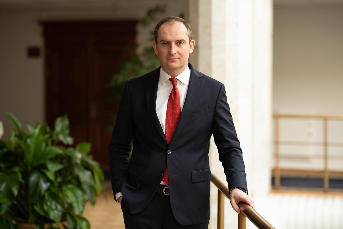 Сергій Верланов: Треба працювати по закону або не працювати взагалі