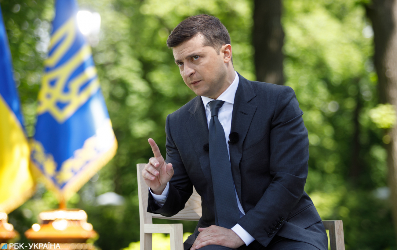 Залізна рука РНБО. Чим небезпечні жорсткі рішення української влади