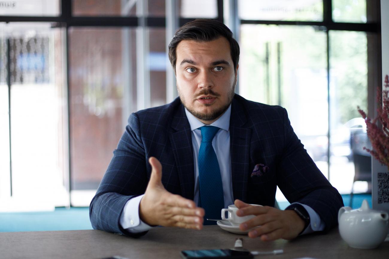 Дмитрий Наталуха: Мы не можем с закрытыми глазами подписывать все, на чем есть штамп ЕС