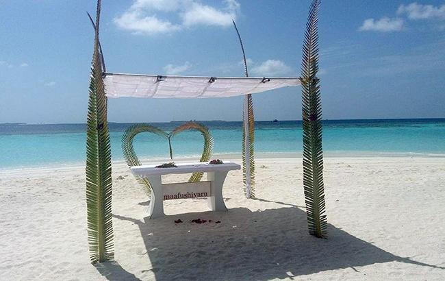 Острови в Індійському океані: чому туристи їдуть на Мальдіви